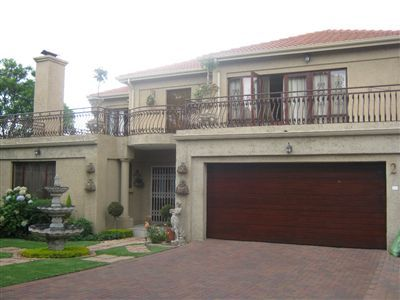 Witbank, Witbank Property  | Houses For Sale Witbank, Witbank, Townhouse 3 bedrooms property for sale Price:2,400,000