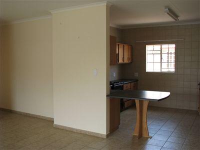 Parys property for sale. Ref No: 3285004. Picture no 3