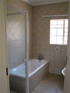 Parys property for sale. Ref No: 3285004. Picture no 8