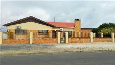 Velddrif, Laaiplek Property  | Houses For Sale Laaiplek, Laaiplek, House 3 bedrooms property for sale Price:1,975,000