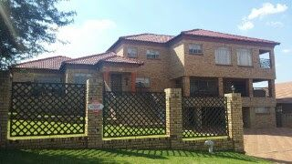 Magnificent Three Level Home - Doringkruin, Klerksdorp