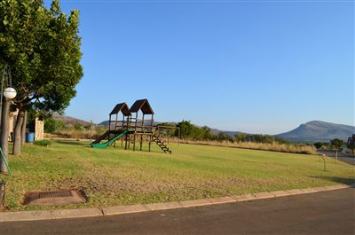 Hartbeespoort property for sale. Ref No: 13241689. Picture no 1
