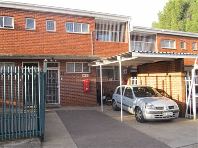 Bloemfontein, Navalsig Property  | Houses For Sale Navalsig, Navalsig, Townhouse 2 bedrooms property for sale Price:597,800