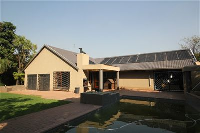 House for sale in Constantia Kloof
