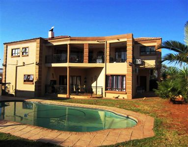 Property and Houses for sale in Safari Gardens, House, 4 Bedrooms - ZAR 4,400,000