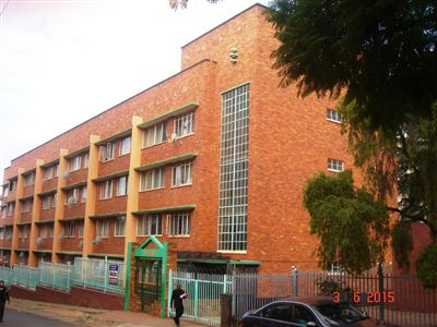 Property and Houses for sale in Pretoria Central, Flats, 3 Bedrooms - ZAR 450,000