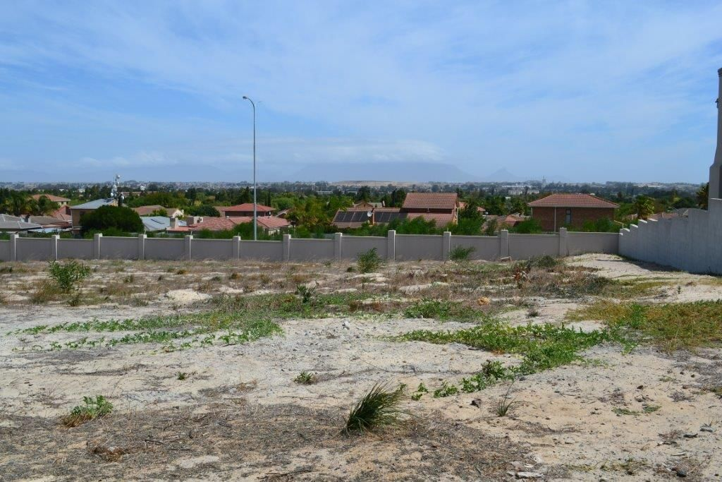 915sqm Vacant Erf For Sale - Deo Gracia Estate, Kuils River
