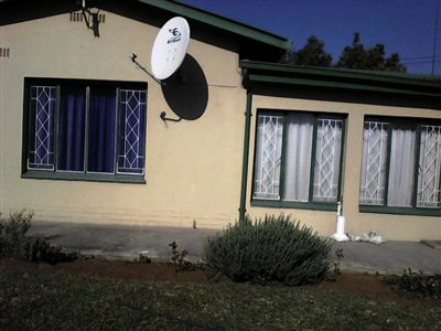 Rustenburg, Oos Einde Property  | Houses For Sale Oos Einde, Oos Einde, House 4 bedrooms property for sale Price:1,300,000