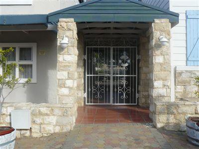 Stilbaai property for sale. Ref No: 13252523. Picture no 2