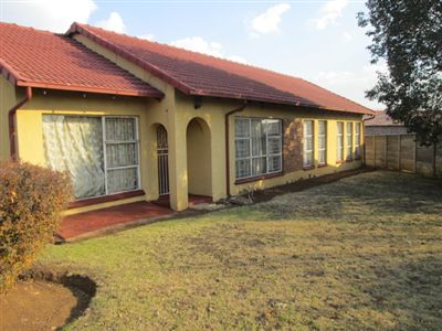 Property and Houses for sale in Leondale, House, 3 Bedrooms - ZAR 690,000