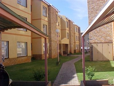Potchefstroom property for sale. Ref No: 13248104. Picture no 1