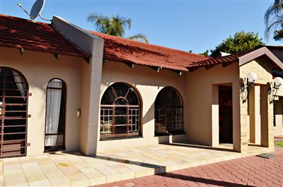 Hartbeespoort, Meerhof Property  | Houses For Sale Meerhof, Meerhof, House 4 bedrooms property for sale Price:2,300,000