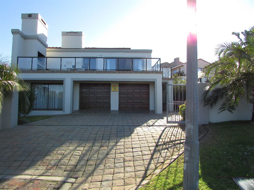 Immaculate three Bedroomed Jewel with  view of the port