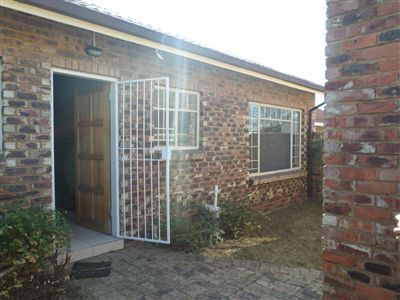 Parys property for sale. Ref No: 3297109. Picture no 1