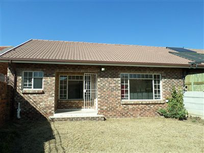 Parys property for sale. Ref No: 3297109. Picture no 12