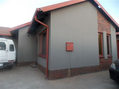Soweto, Pimville & Ext Property  | Houses For Sale Pimville & Ext, Pimville & Ext, House 6 bedrooms property for sale Price:750,000