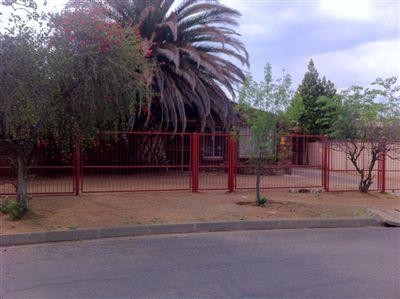 Bloemfontein, Brandwag Property  | Houses For Sale Brandwag, Brandwag, House 10 bedrooms property for sale Price:1,499,000