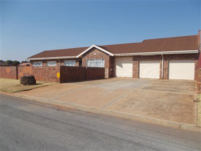 Property Carletonville : Houses For Sale Carletonville (All), Welverdiend, House 3 bedrooms property for sale Price:860,000