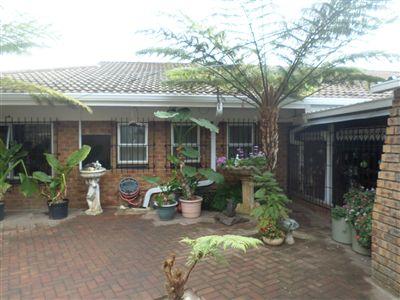 Estcourt, Estcourt Property  | Houses For Sale Estcourt, Estcourt, House 3 bedrooms property for sale Price:1,590,000