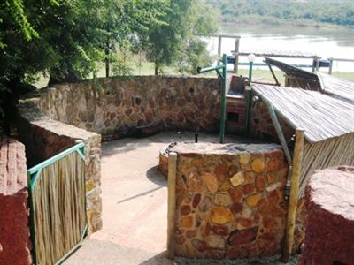 Leeuwfontein property for sale. Ref No: 3302065. Picture no 4