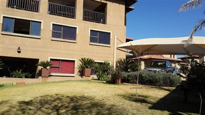 Townhouse for sale in Vereeniging