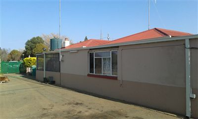 Vyfhoek property for sale. Ref No: 13239380. Picture no 2