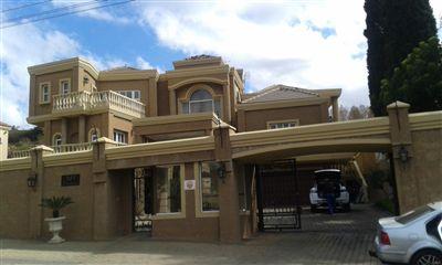 Centurion, Laudium Property  | Houses For Sale Laudium, Laudium, House 4 bedrooms property for sale Price:5,200,000