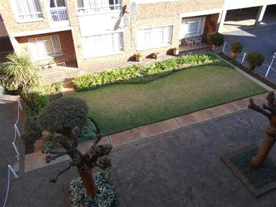 Potchefstroom Central property for sale. Ref No: 13249374. Picture no 4