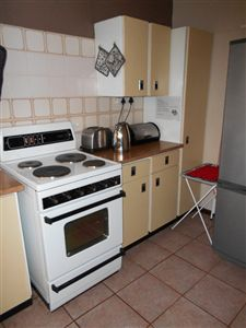 Potchefstroom Central property for sale. Ref No: 13249374. Picture no 8