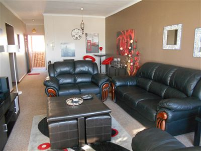 Potchefstroom Central property for sale. Ref No: 13249374. Picture no 9