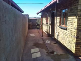Soweto, Dobsonville Ext 2 Property  | Houses For Sale Dobsonville Ext 2, Dobsonville Ext 2, House 2 bedrooms property for sale Price:530,000