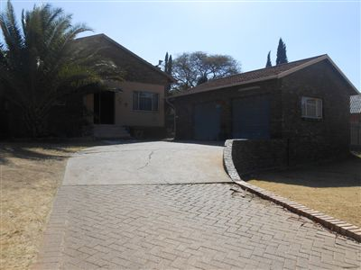 Witbank, Hoeveld Park Property    Houses For Sale Hoeveld Park, Hoeveld Park, House 3 bedrooms property for sale Price:1,300,000