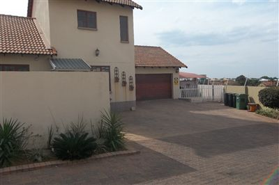 Cashan And Ext property for sale. Ref No: 3306374. Picture no 1