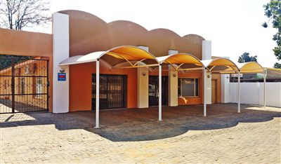 Rustenburg, Middedorp Property  | Houses For Sale Middedorp, Middedorp, Commercial  property for sale Price:2,700,000