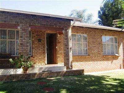 Rustenburg, Geelhoutpark & Ext Property  | Houses For Sale Geelhoutpark & Ext, Geelhoutpark & Ext, House 3 bedrooms property for sale Price:1,600,000