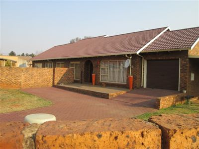 Property and Houses for sale in Leondale, House, 4 Bedrooms - ZAR 890,000