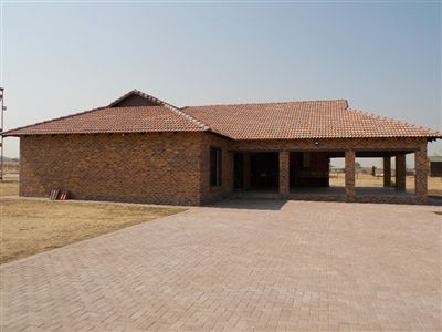 Property and Houses for sale in Vaal Dam, House, 4 Bedrooms - ZAR 4,950,000