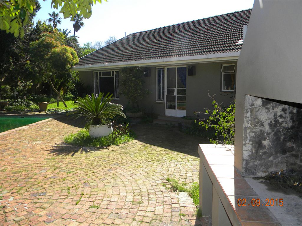 Double storey house for sale in Valmary Park Durbanville