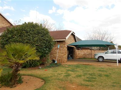 Van Der Hoff Park for sale property. Ref No: 13241541. Picture no 7