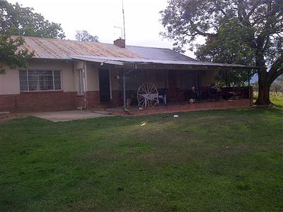 Estcourt, Estcourt Property  | Houses For Sale Estcourt, Estcourt, Farms 4 bedrooms property for sale Price:3,500,000