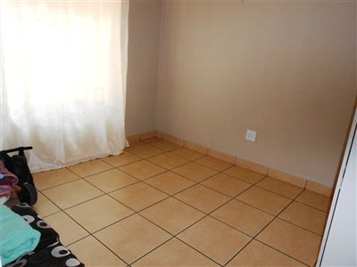 Oos Einde property for sale. Ref No: 13245058. Picture no 7