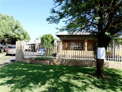 Ventersdorp property for sale. Ref No: 13245433. Picture no 1