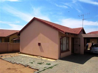 Tlhabane West property for sale. Ref No: 13246593. Picture no 1
