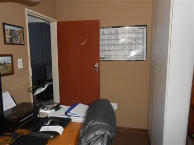 Witbank And Ext property for sale. Ref No: 13455119. Picture no 6
