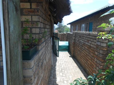 Witbank And Ext property for sale. Ref No: 13455119. Picture no 16