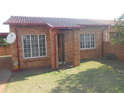 Witbank, Tasbet Park Property  | Houses For Sale Tasbet Park, Tasbet Park, Townhouse 2 bedrooms property for sale Price:612,000