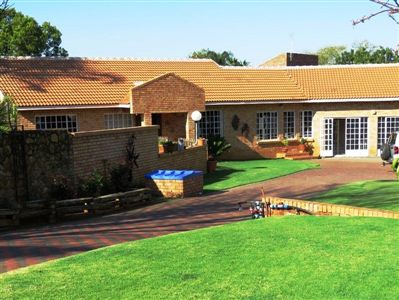 Rustenburg, Geelhoutpark & Ext Property  | Houses For Sale Geelhoutpark & Ext, Geelhoutpark & Ext, House 3 bedrooms property for sale Price:1,700,000