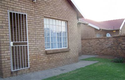 Witbank, Del Judor Property  | Houses For Sale Del Judor, Del Judor, Townhouse 2 bedrooms property for sale Price:830,000