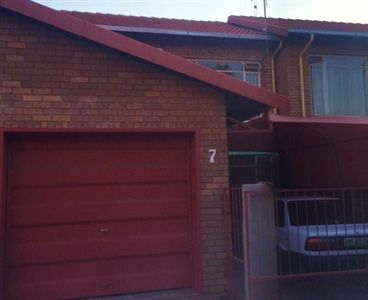 Rustenburg, Rustenburg & Ext Property  | Houses For Sale Rustenburg & Ext, Rustenburg & Ext, Townhouse 2 bedrooms property for sale Price:720,000