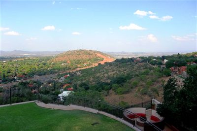 Safari Gardens & Ext property for sale. Ref No: 13259591. Picture no 6